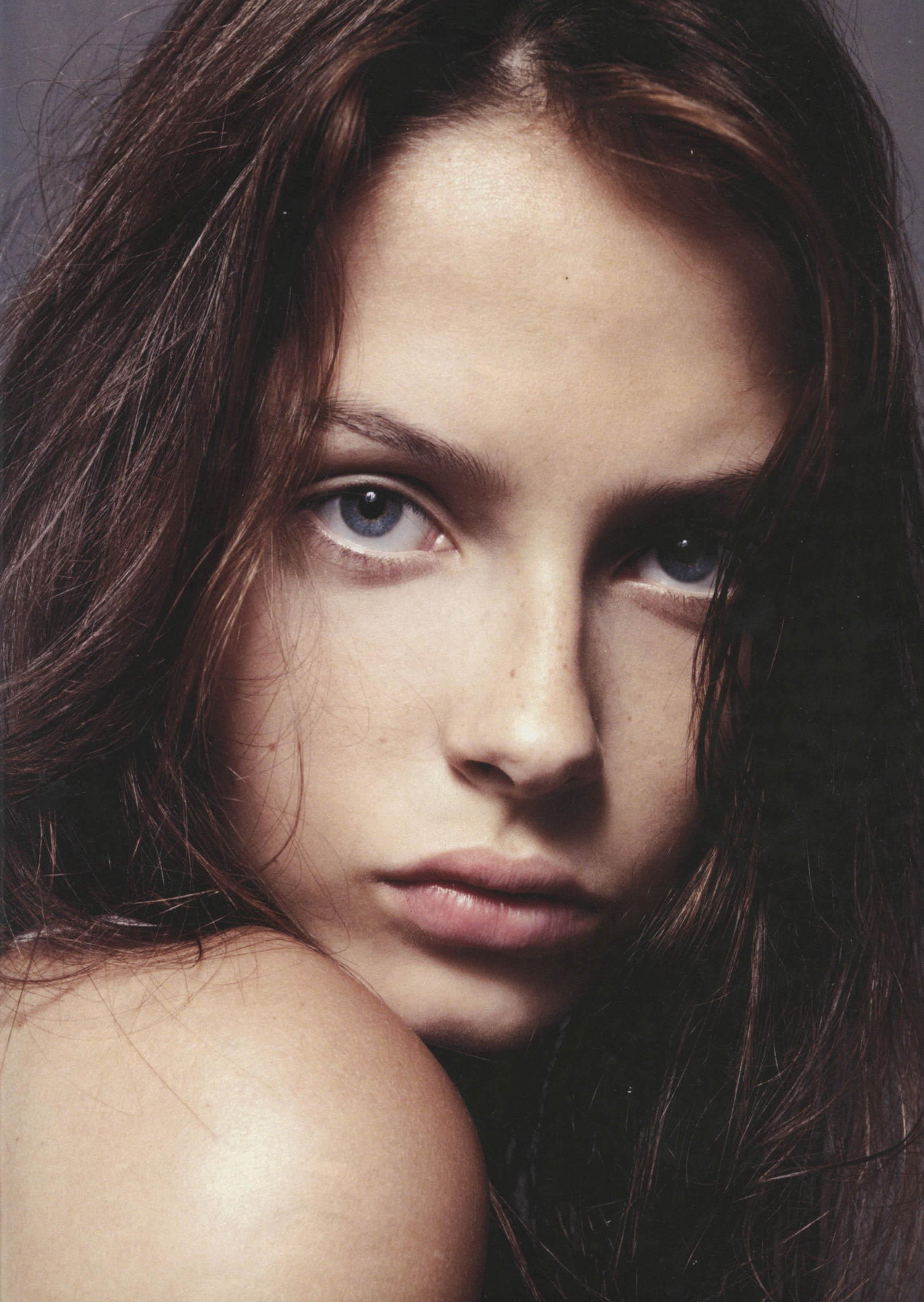 Claudia-Dolez-28